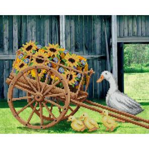 В рамке Птичий двор Канва с рисунком для вышивки бисером МП Студия Г-162