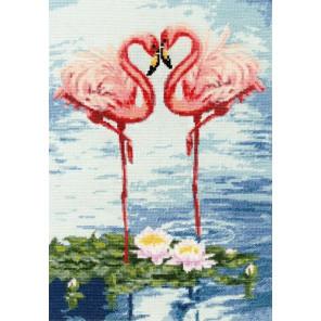В рамке Свидание фламинго Набор для вышивания Золотое руно З-051