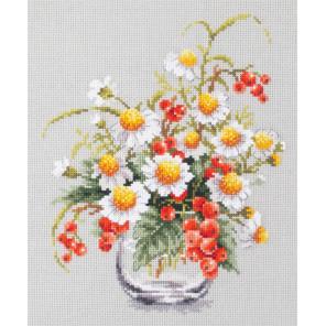 Ромашки и смородина Набор для вышивания Чудесная игла 100-012