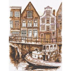 Вышитая работа в рамке Набережная Амстердама Набор для вышивания Палитра 08.021