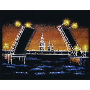 Пример оформления в рамку Ночной Петербург Набор для вышивания Овен 451
