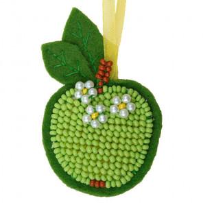 В рамке Зеленое яблочко Набор для вышивания Риолис 1482АС