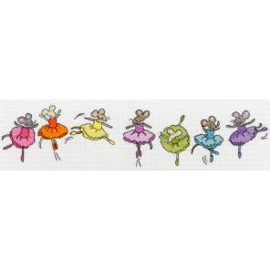 Фрагмент крупно Милые мышки Набор для вышивания Bothy Threads XRO6