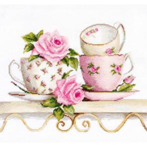 Чайные чашки с розами Набор для вышивания Luca-S B2327