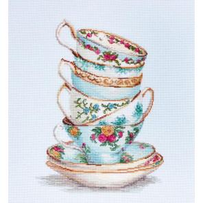 Бирюзовые чайные чашки Набор для вышивания Luca-S B2325