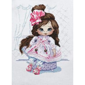 В рамке Кукла Даша Набор для вышивания Овен 1220