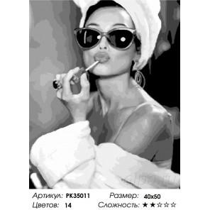 Девушка в очках Раскраска картина по номерам на холсте PK35011