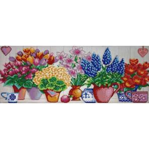 Цветочный ряд Ткань с нанесенным рисунком для вышивки бисером Конек 1221