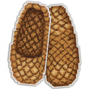 Лапти на счастье Набор для вышивания на пластиковой канве МП Студия Р-163
