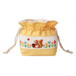 Белка с жёлудем Набор для вышивания сумки на шнурке XIU Crafts 2860501