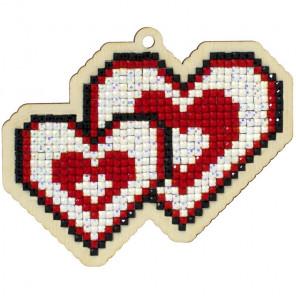 Влюбленные сердца Алмазная мозаика подвеска Гранни Wood W0434
