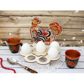 Наседка. Подставка под яйца Набор для вышивания на деревянной основе МП Студия О-013