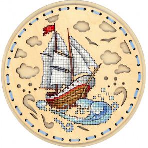 Навстречу ветру Набор для вышивания на деревянной основе МП Студия О-022