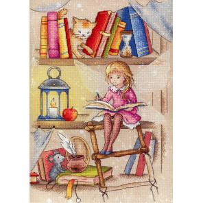 Пример оформления в рамку Книжная фея Набор для вышивания МП Студия РК-704