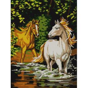 Пара лошадей Ткань с рисунком для вышивания бисером Конек 9705