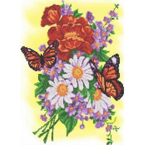 Бабочки на летнем букете Канва с рисунком для вышивки бисером Каролинка ТКБЦ 3049
