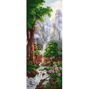 Водопад Хрустальный кулон Ткань с рисунком для вышивки бисером Конек 1327