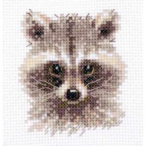 Животные в портретах. Енотик Набор для вышивания Алиса 0-208