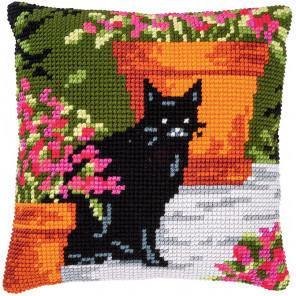 Котенок среди цветов Набор для вышивания подушки Vervaco PN-0184395
