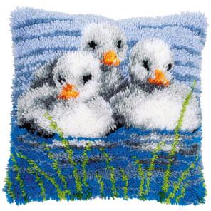Утята в воде Набор для вышивания подушки Vervaco PN-0155996