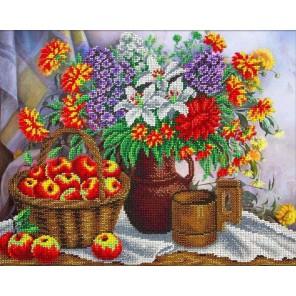 Яблоки и садовый букет Набор для частичной вышивки бисером Паутинка