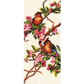 Яблоня в цвету Набор для вышивания Золотое Руно