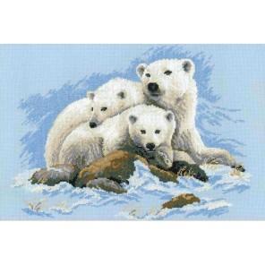 Белые медведи Набор для вышивания Риолис