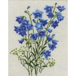 Синие колокольчики на льне Набор для вышивания Риолис