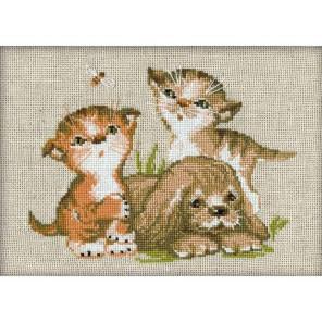 Котята и щенок Набор для вышивания Риолис