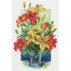 Лилии в вазе Ткань с рисунком Матренин посад