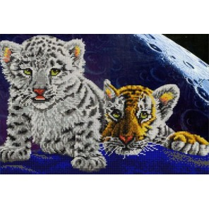 Пример оформления в рамке Тигрята Канва с рисунком для вышивки бисером Конек 9793