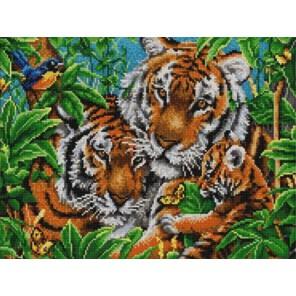 Пример оформления в рамке Тигры Канва с рисунком для вышивки бисером Конек 9836