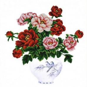 Пример оформления в рамке Пионы в вазе Канва с рисунком для вышивки бисером Конек 9862