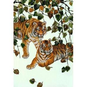 Пример оформления в рамке Пара тигров Канва с рисунком для вышивки бисером Конек 9901