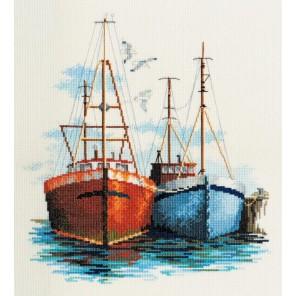 Fish Quay Набор для вышивания Derwentwater Designs SEA03
