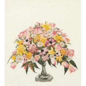 Весенний букет Набор для вышивания Thea Gouverneur 1084