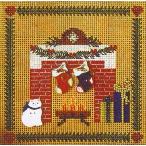 Рождественские носки над камином Набор для вышивания MILL HILL