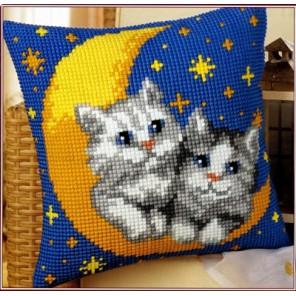 На луне Набор для вышивания подушки VERVACO
