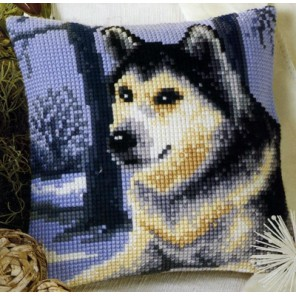 Волк в лесу Набор для вышивания подушки VERVACO