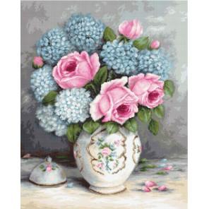 Розы и гортензии Набор для вышивания LUCA-S