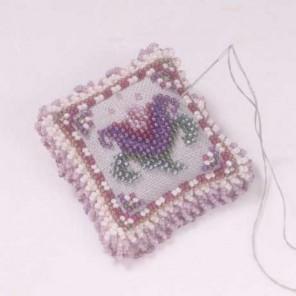 Камея с тюльпаном Набор для вышивания бисером MILL HILL