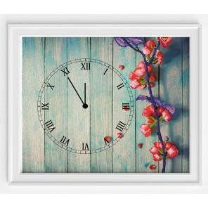 Время весны Набор для шитья и вышивания, часы МАТРЕНИН ПОСАД