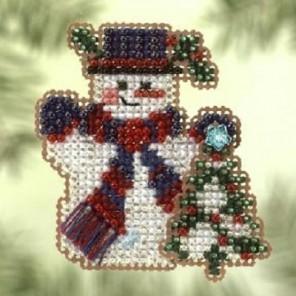 Снеговик с елочкой Набор для вышивания бисером MILL HILL