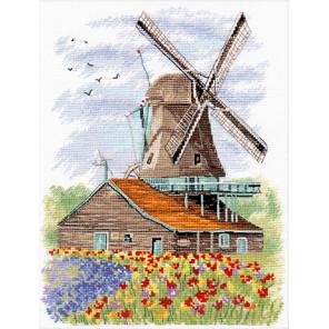 В рамке Ветряная мельница. Голландия Набор для вышивания Овен 1105