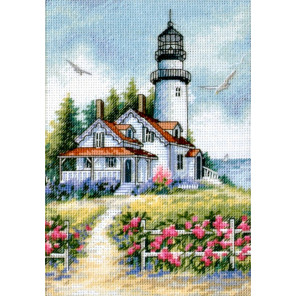 Живописный маяк 65057 Набор для вышивания Dimensions ( Дименшенс )